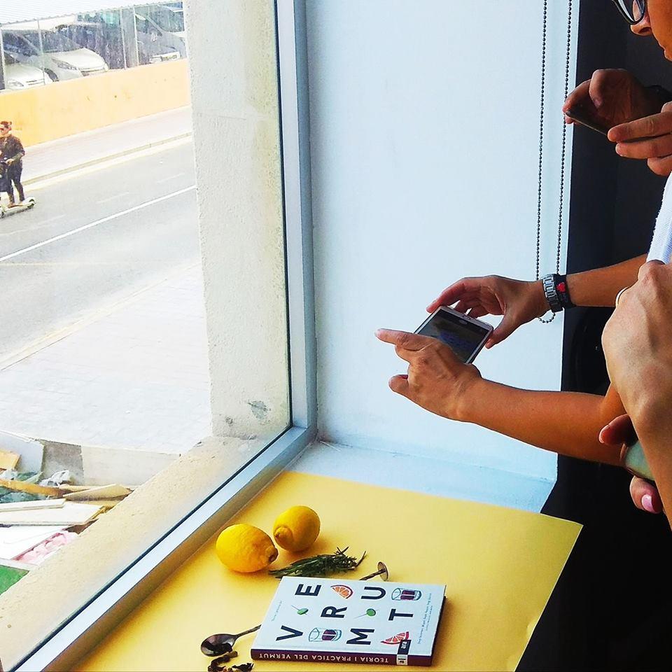 taller fotografía con móvil para vender en redes sociales_1