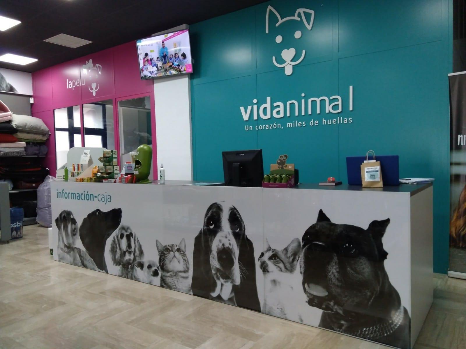 VIDA ANIMAL Diseño del punto de venta